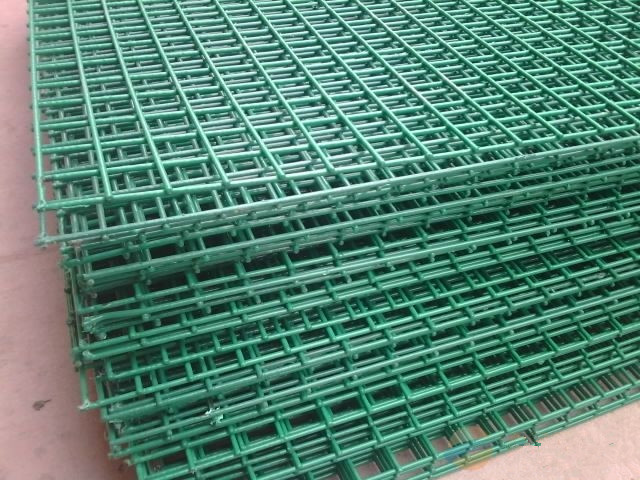 2x2 Galvanized Welded Wire Mesh For Fence Factory